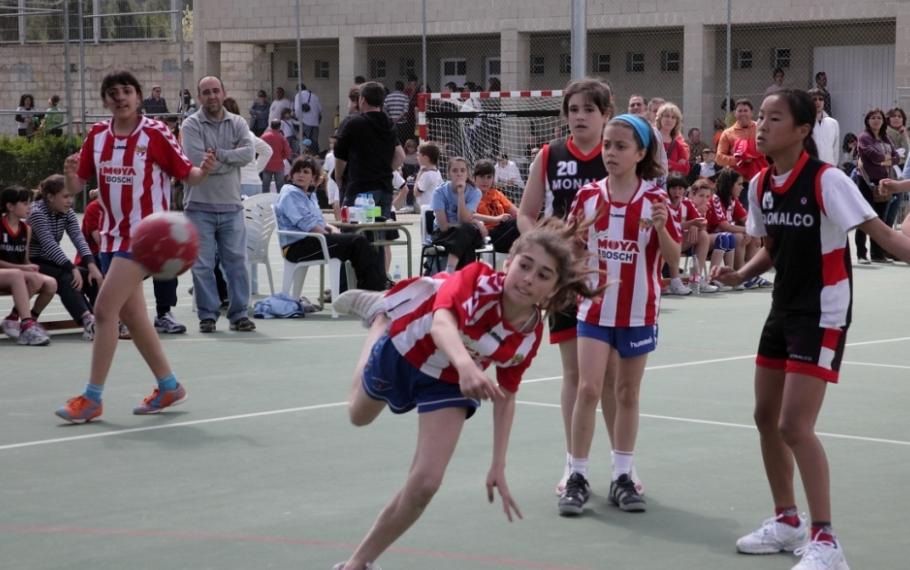 Minihandbol a educació física